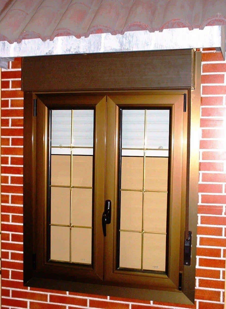 Ventanas de aluminio con persianas cheap with ventanas de for Precios de ventanas con persianas